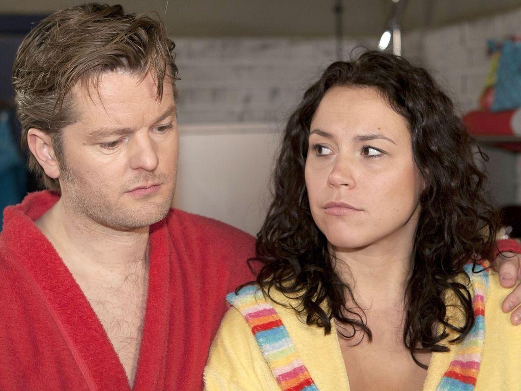 AWZ: Ingo (André Dietz) und Annette (Ulrike Röseberg)