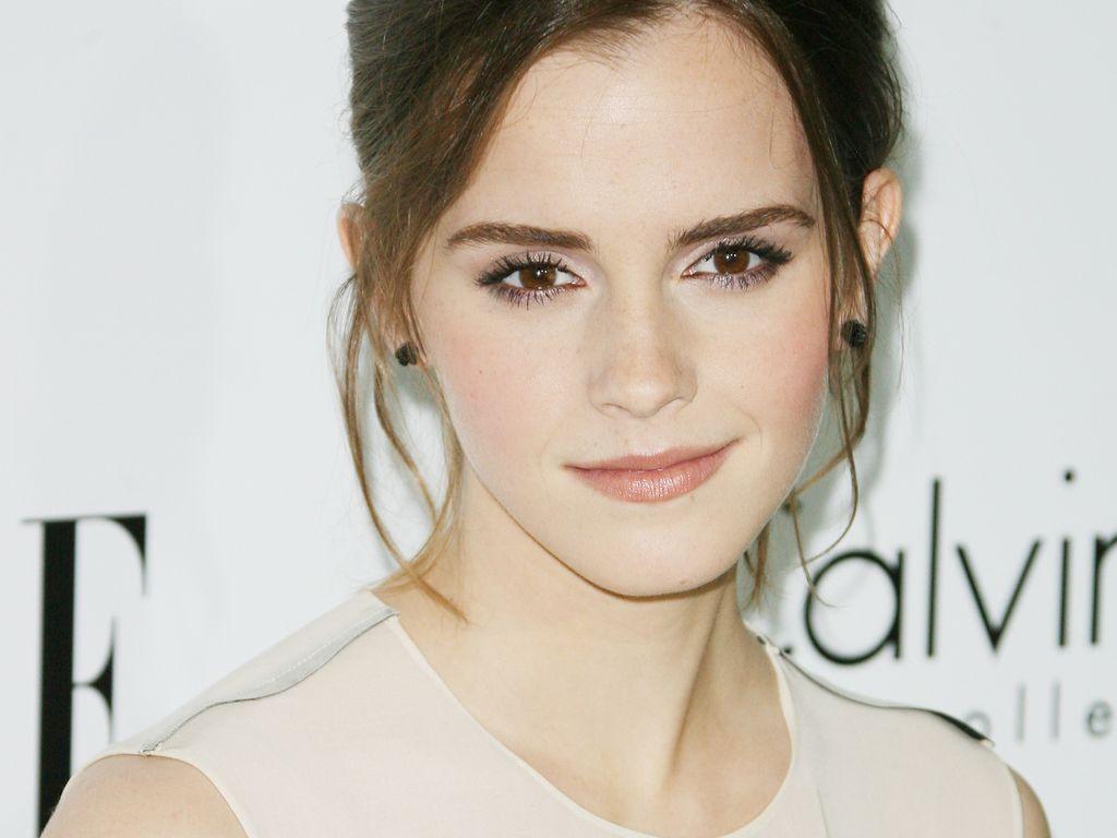 Emma Watson in Schwarz-Weiß