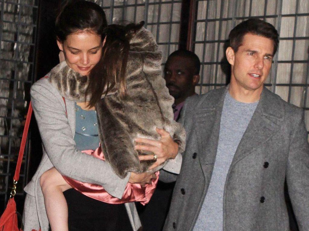 Katie Holmes, Suri und Tom Cruise unterwegs in New York