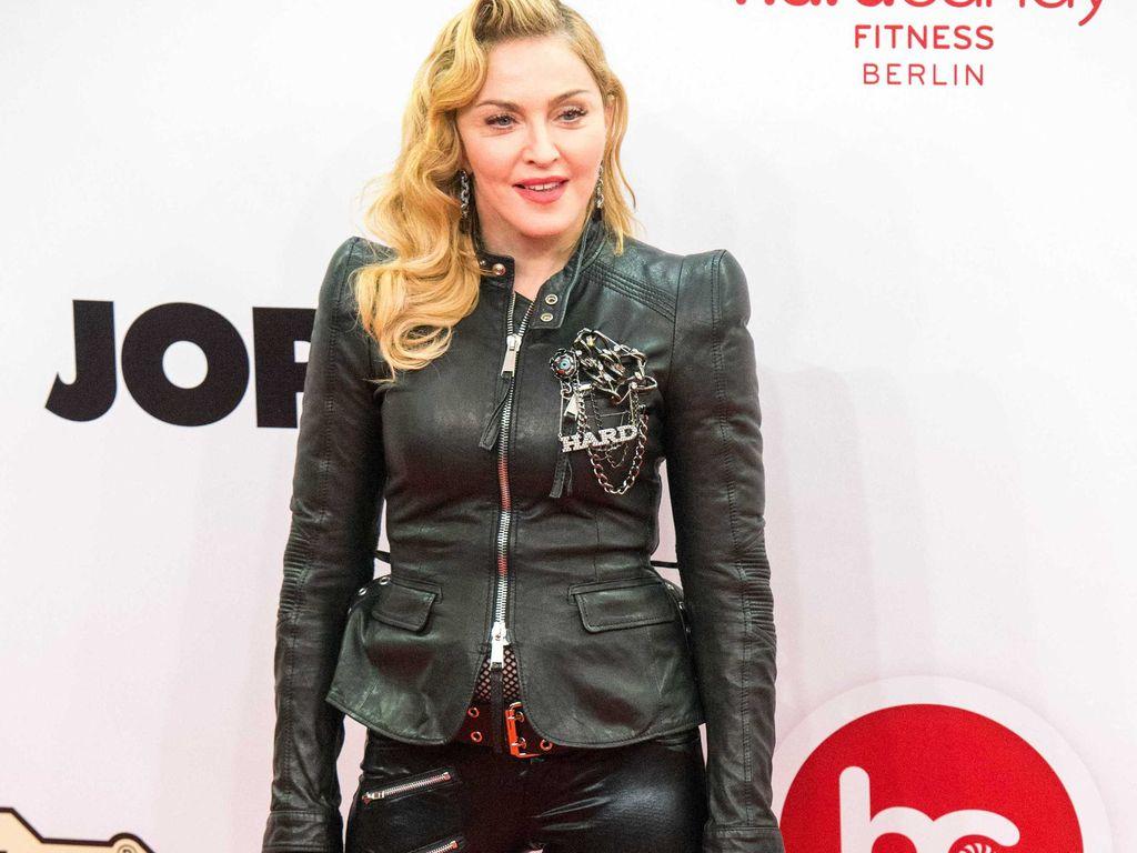 """Madonna zur """"Hard Candy""""-Eröffnung in Berlin"""