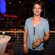 Florian David Fitz entschied sich für Jenas und T-Shirt