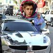 Justin Bieber fährt ein sehr auffälliges Auto