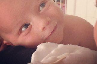 Das ist Tiffani Thiessens süßes Baby