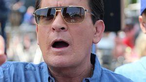 Charlie Sheen mit offenem Mund