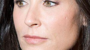 Demi Moore guckt traurig