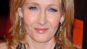 J.K. Rowling in Neckholder Kleid