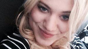 Larissa Marolt lächelt in die Kamera
