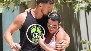 Lea Michele bekommt von ihrem Schnucki Matthew Paetz ein Bussi