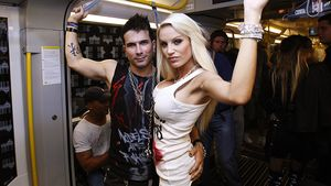 Marc Terenzi und Gina-Lisa in der U-Bahn