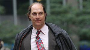 Matthew McConaughey kahlköpfig und mit Fat-Suit