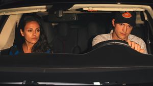 Mila Kunis und Ashton Kutcher im Auto