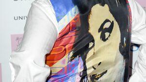 Mitch Winehouse mit Amy-Jacke