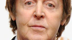 Paul McCartney con cara graciosa