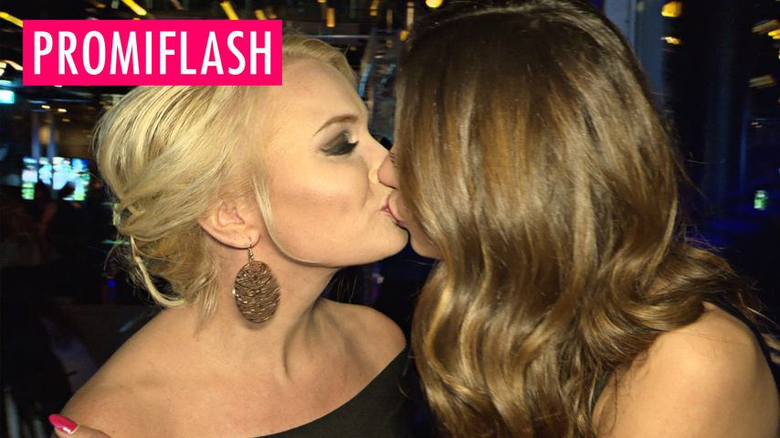 ... Youssefian: Im Sommer will sie Sex mit Mandy Lange! | Promiflash.de: promiflash.de/video/2016/01/25/janina-youssefian-im-sommer-geht-sie...
