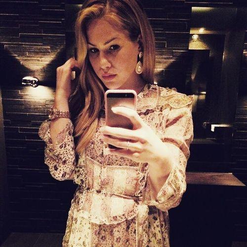Angelina Heger zeigt sich gerne topgestylt