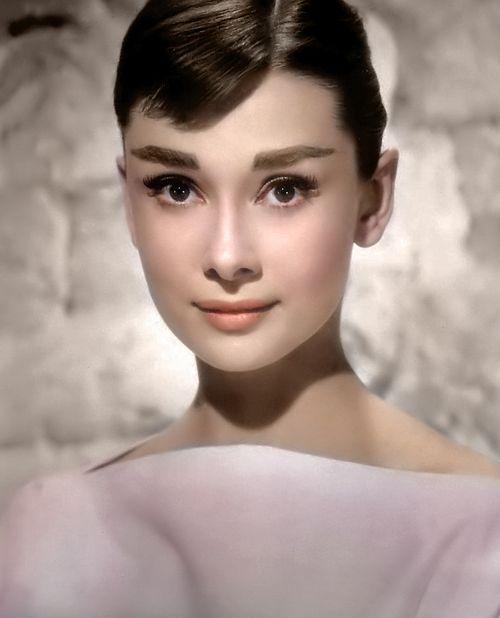 Audrey Hepburns Söhne streiten sich um das Erbe ihrer Mutter