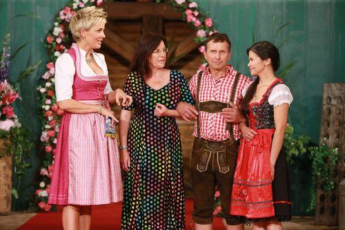 """Die """"Bauer sucht Frau""""-Männer flirteten auf dem Scheunenfest"""
