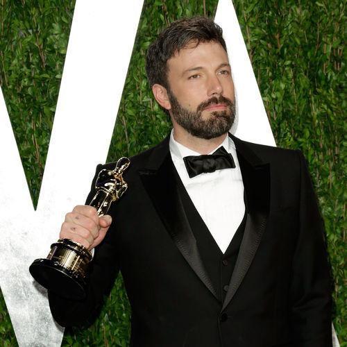 Ben Affleck nahm seinen Oscar noch mit Bart entgegen