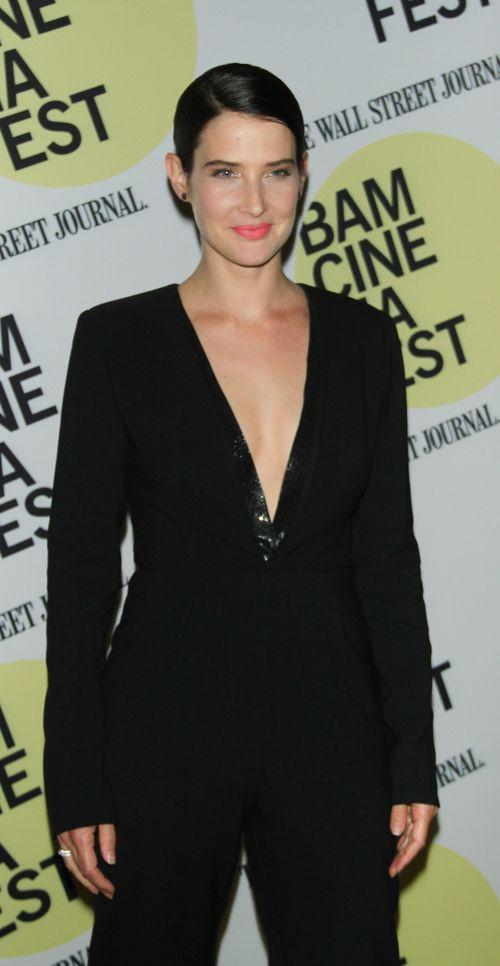 Cobie Smulders trägt einen heißen Hosenanzug
