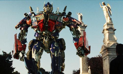 Auch in den kommenden Jahren werden die Transformers auf der Leinwand zu sehen sein