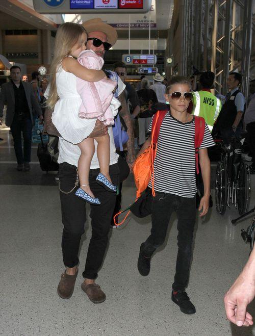 David Beckham hat alles fest im Griff, als er mit seiner Familie unterwegs ist