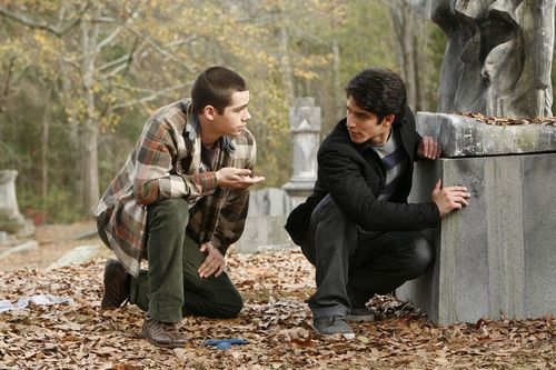 """Dylan O'Brien und Tyler Posey kommen jetzt mit """"Teen Wolf"""" endlich wieder ins deutsche Fernsehen"""