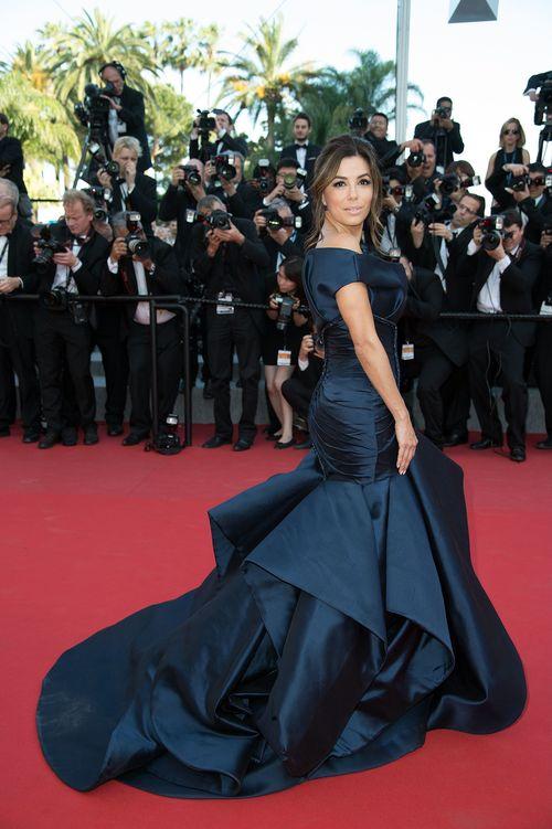 Eva Longoria ist in Cannes topgestylt zu sehen