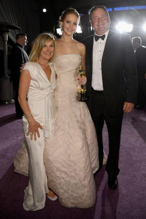 Jennifer Lawrence' Familie, besonders aber Mama Karen, hielt zu Anfang nichts von den Schauspielplänen ihrer Tochter