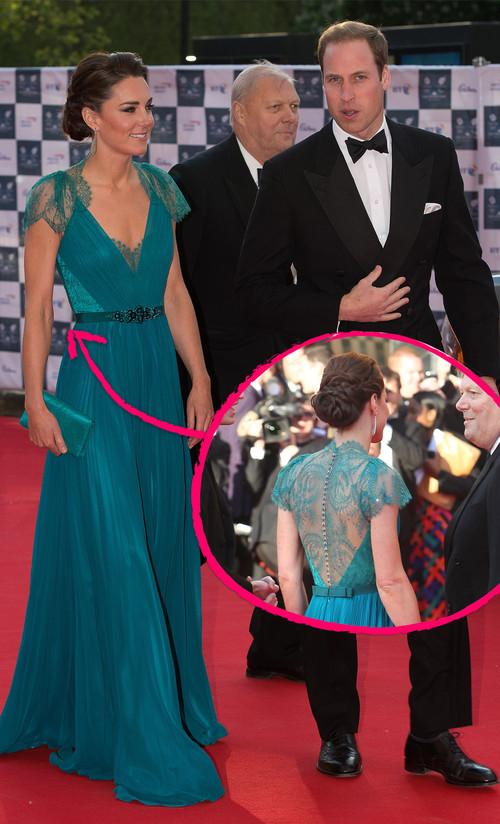 Kate Middleton erschien jetzt im petrolblauen Spitzen-Kleid auf dem roten Teppich