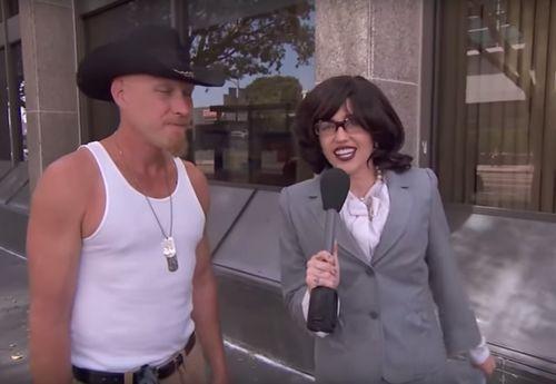 """Miley Cyrus verkleidete sich für """"Jimmy Kimmel Live"""" und interviewte Passanten"""