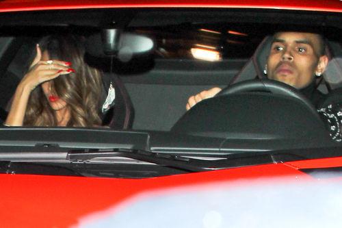 Rihanna und Chris Brown wurden nun nach den Grammys beim Verlassen eines Clubs gesichtet