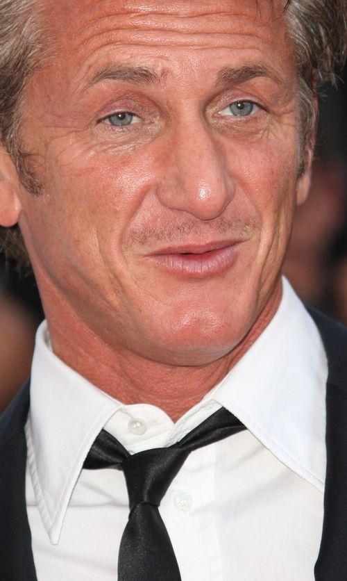 Sean Penn hat scheinbar schon eine Neue