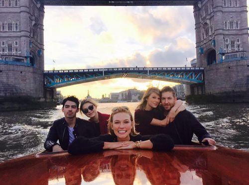 Taylor Swift und Calvin Harris haben eine romantische Double-Date-Bootstour gemacht