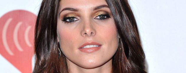 Ashley Greene zeigt Dekolleté