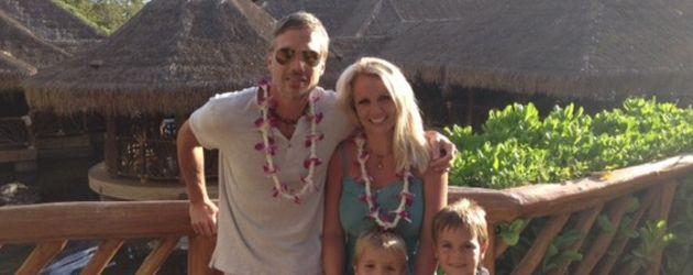 Britney Spears mit ihren Jungs und ihrem Verlobten