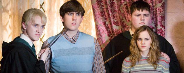 Harry Potter: Tom Felton (als Draco), Matthew Lewis (als Neville), Jamie Waylett (als Vincent), Emma Watson (als Hermine)
