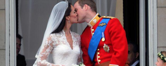 Herzogin Kate und Prinz Williams Hochzeitskuss
