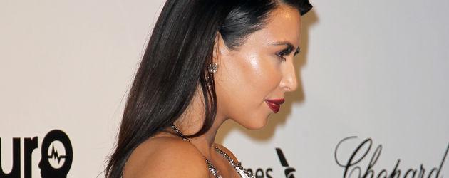Kim Kardashian zeigt Babybauch