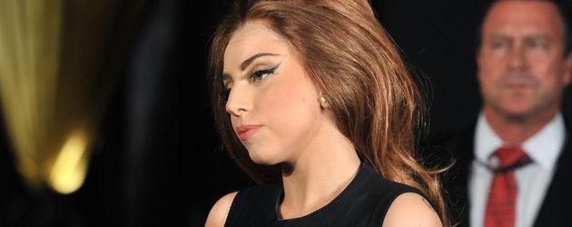 Lady GaGa guckt genervt