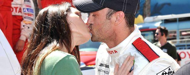 Megan Fox und Brian Austin Green küssen sich