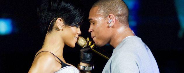 Rihanna und Chris Brown auf der Bühne