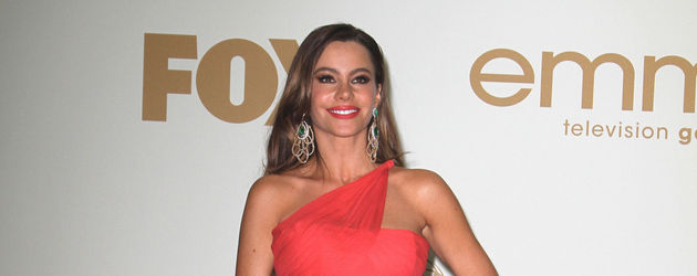 Sofia Vergara in Rot bei den Emmys