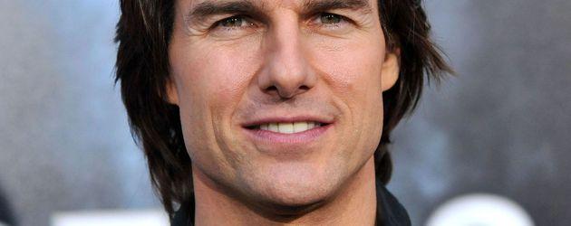 Tom Cruise mit Haarsträhne im Gesicht