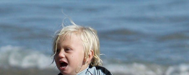 Zuma Rossdale am Strand