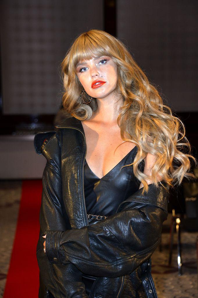 Playboy bonny strange nackt Celebs turn