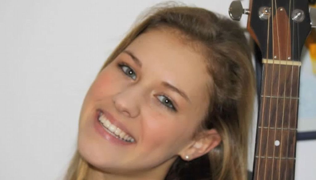 Youtube Video Peter Kloeppels Tochter 15 Singt Promiflashde
