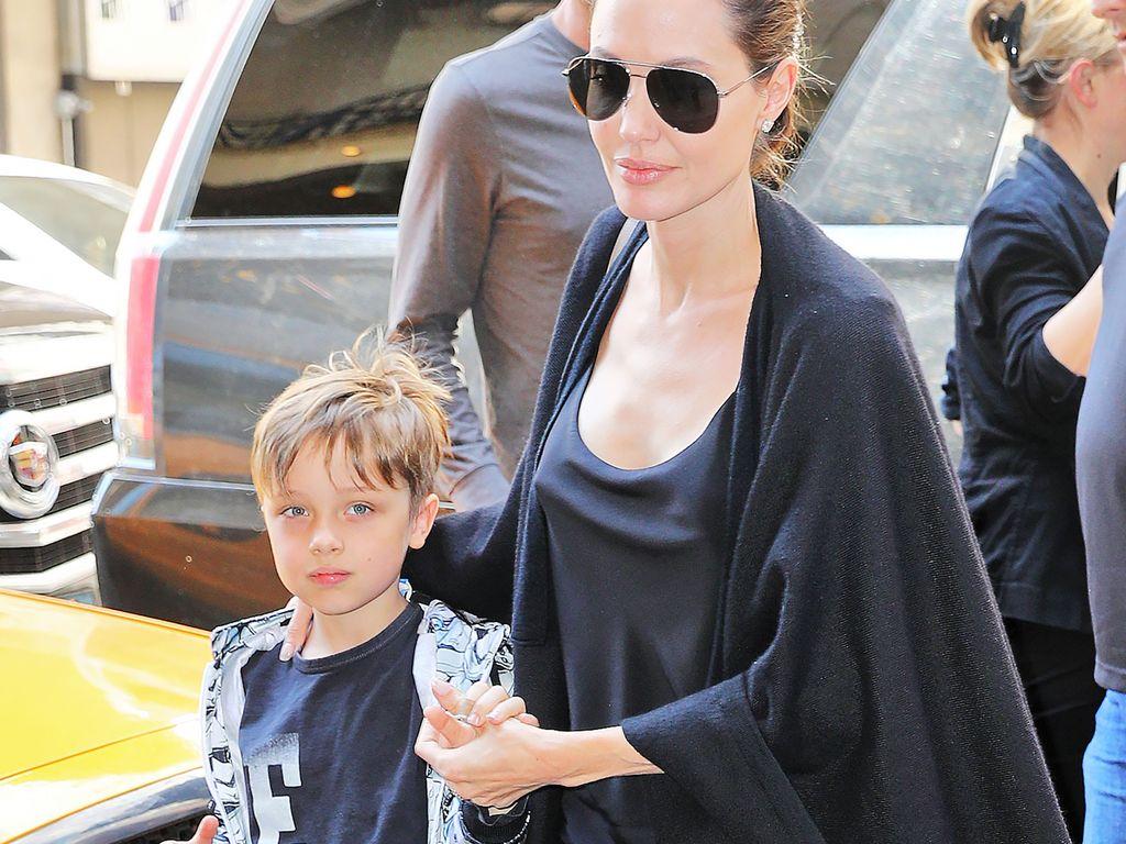 Angelina Jolie und Know Jolie-Pitt in New York