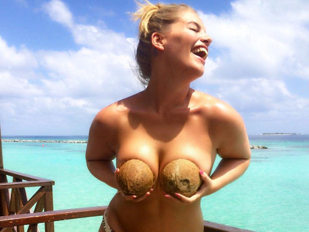 Angelina Kirsch ist ein selbstbewusstes Curvy Model