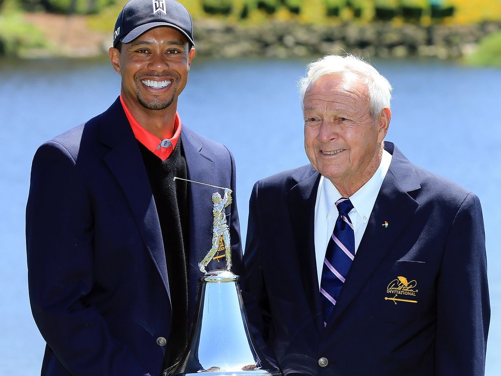 Zwei Golf-Ikonen: Tiger Woods (l.) und Arnold Palmer