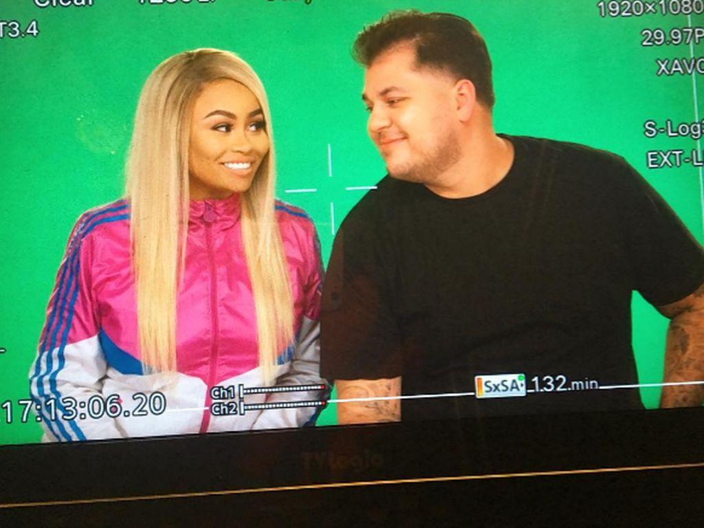 Blac Chyna und Robert Kardashian bei Dreharbeiten
